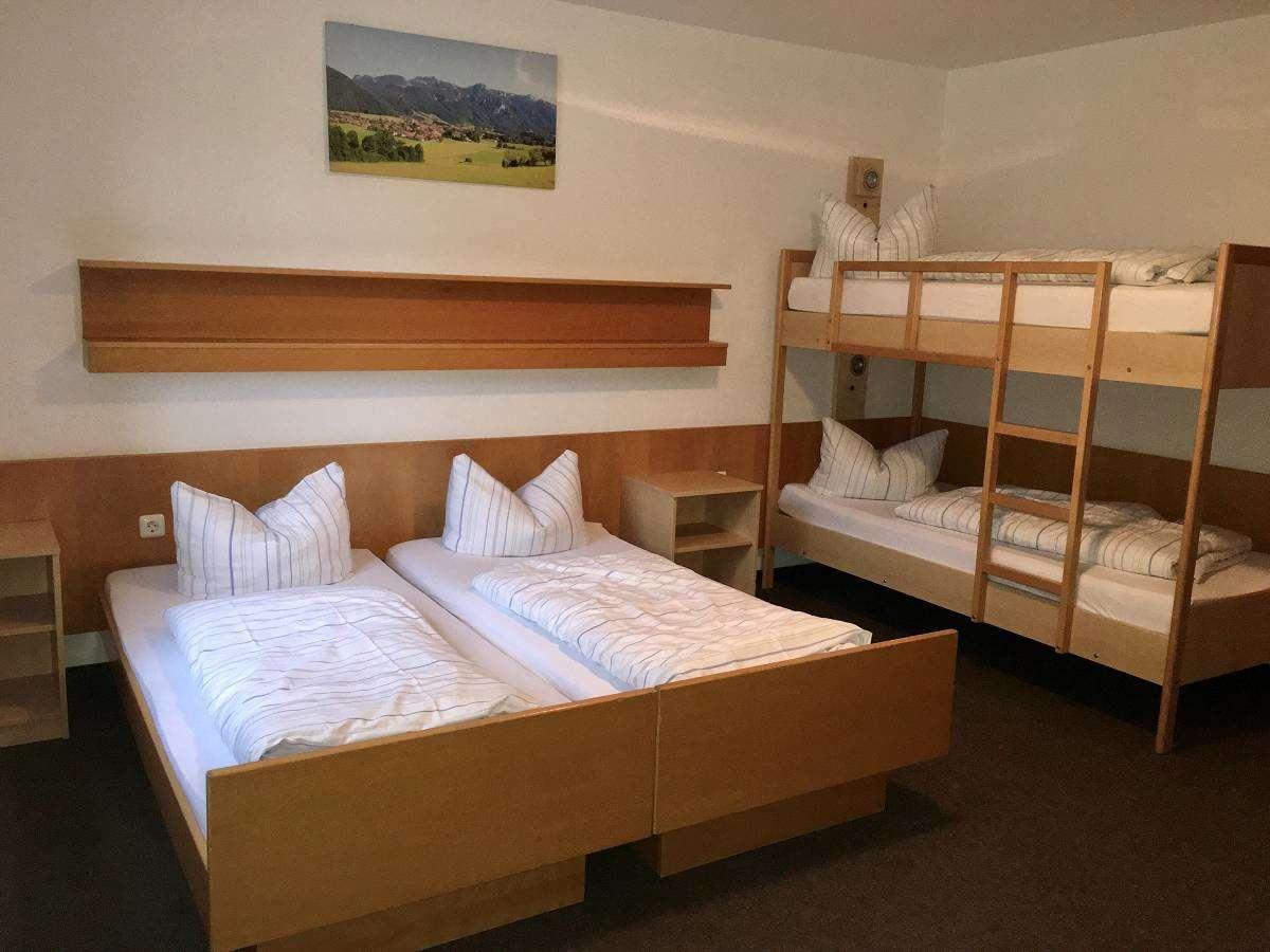Zimmer Aktiv Hotel (1)